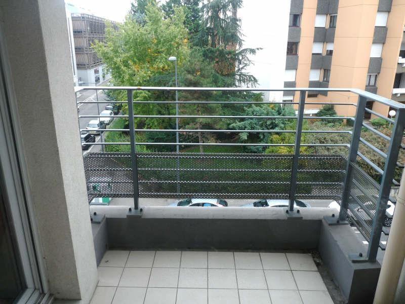 Rental apartment Villeurbanne 525€ CC - Picture 4