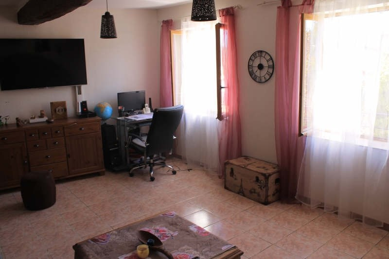 Sale apartment La crau 230 000€ - Picture 3