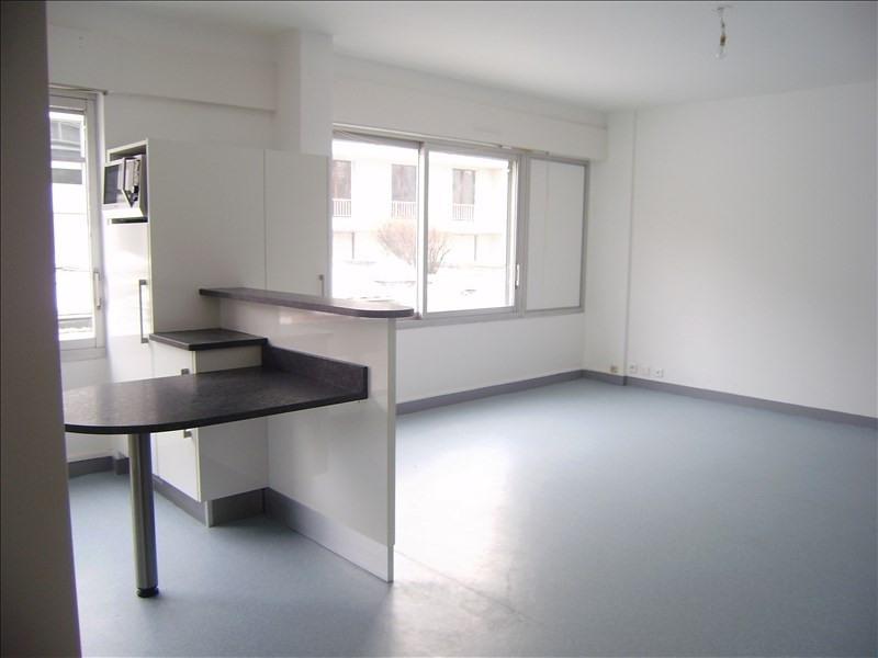 Rental apartment Le puy en velay 510€ CC - Picture 2