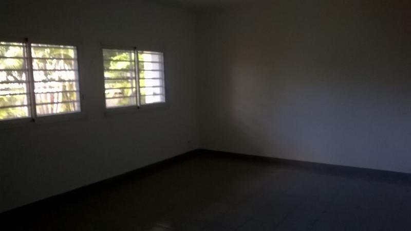 Rental empty room/storage St pierre 3000€ HT/HC - Picture 7