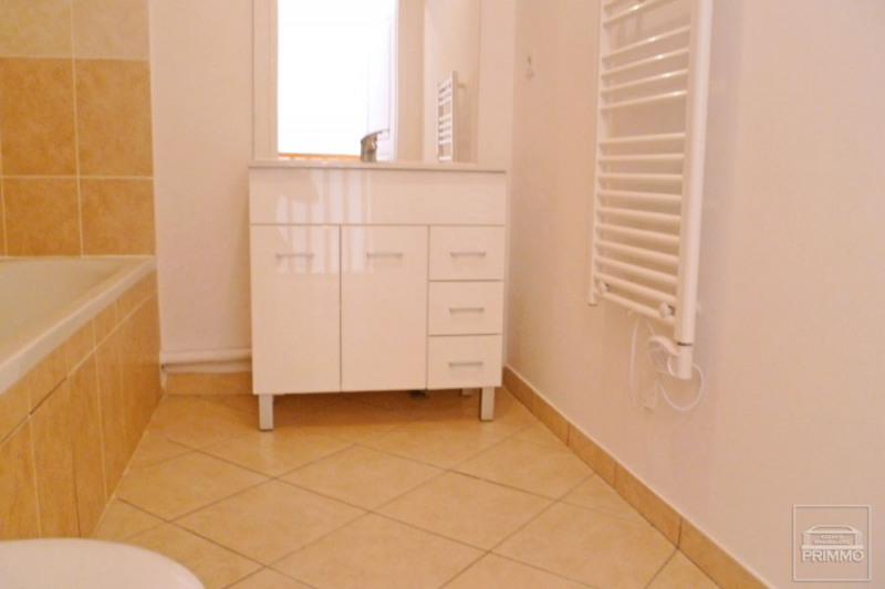 Rental apartment Dommartin 875€ CC - Picture 5