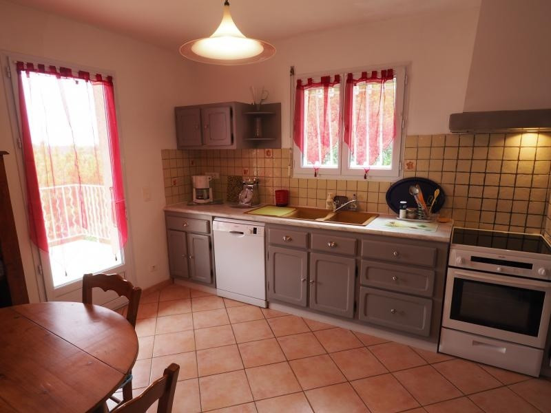 Vente maison / villa Uzes 229 900€ - Photo 4