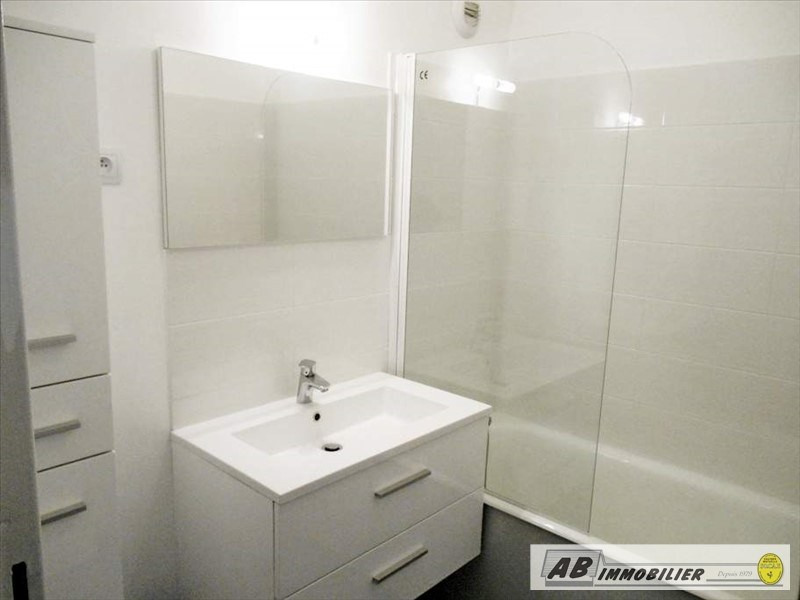 Rental apartment Poissy 850€ CC - Picture 3