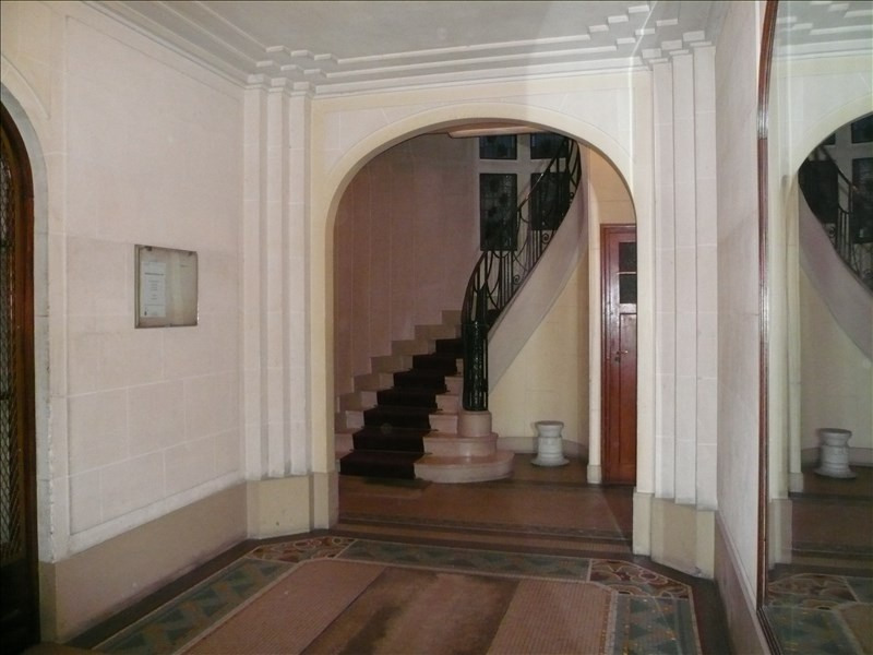 Location appartement Paris 4ème 4 250€ CC - Photo 1