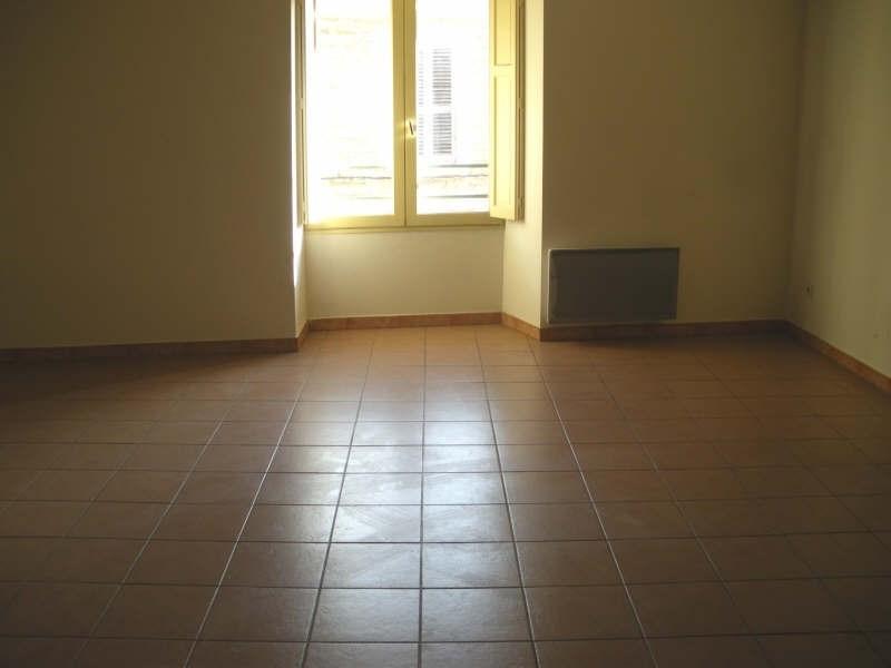 Verhuren  appartement Salon de provence 405€ CC - Foto 3
