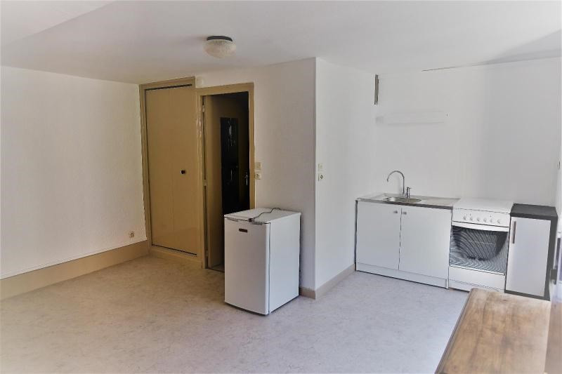 Location appartement La tronche 371€ CC - Photo 1
