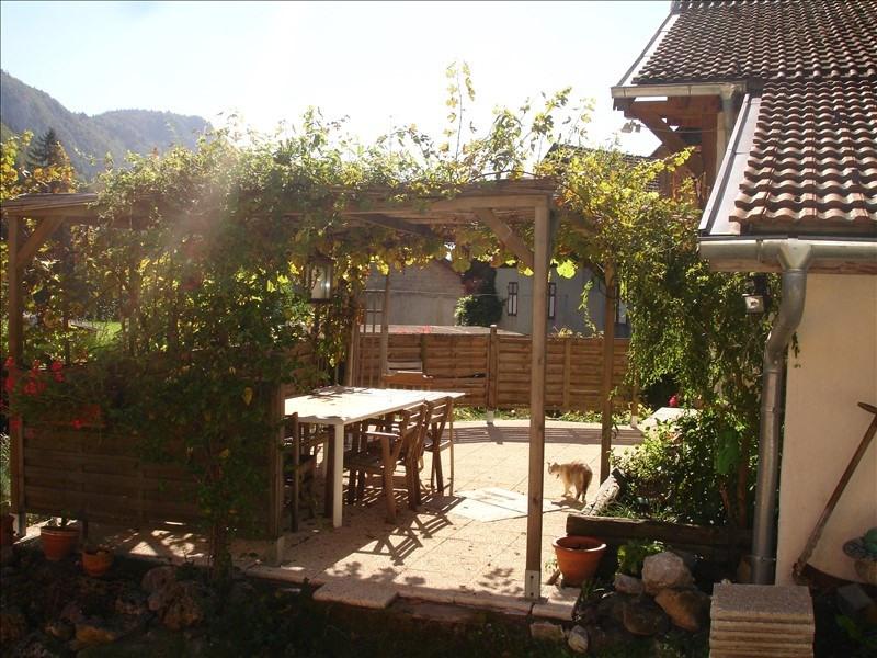Vente maison / villa Saint jeoire 399000€ - Photo 2