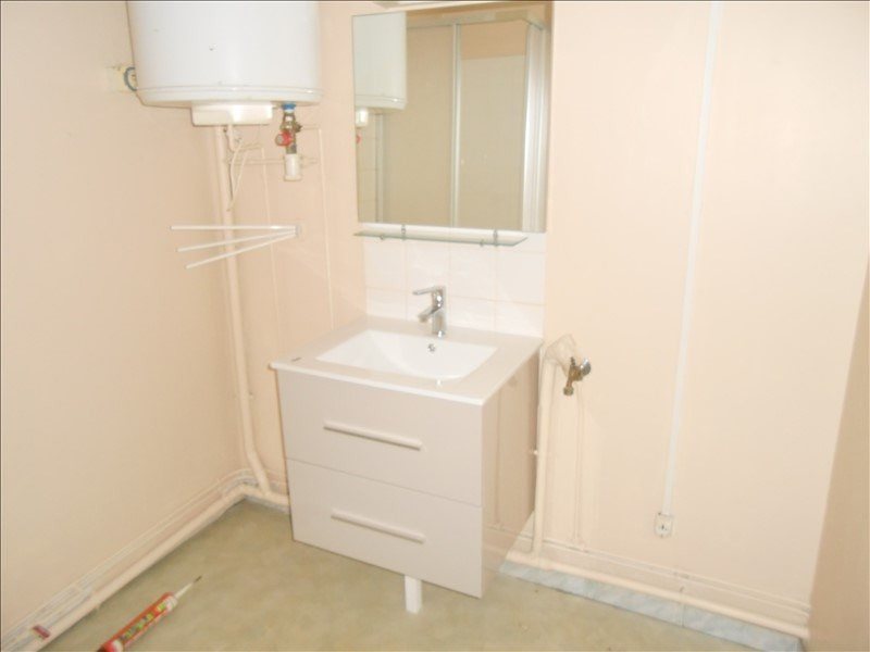 Rental apartment Aulnay 360€ CC - Picture 6