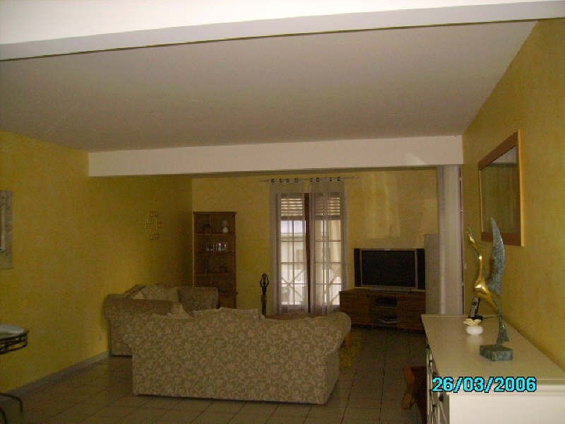 Sale house / villa St claude 365 000€ - Picture 5