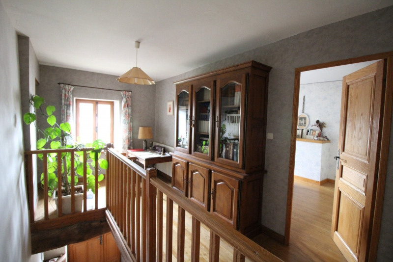 Vente maison / villa La tour du pin 339 000€ - Photo 7