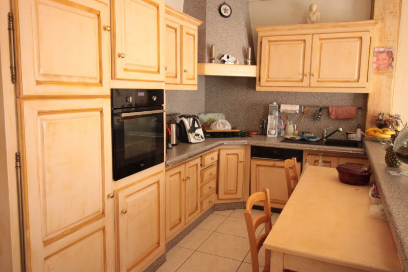 Sale house / villa Marseille 399 000€ - Picture 9