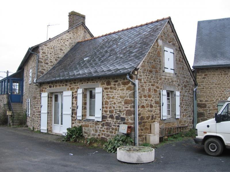 Location maison / villa Montflours 300€ +CH - Photo 1