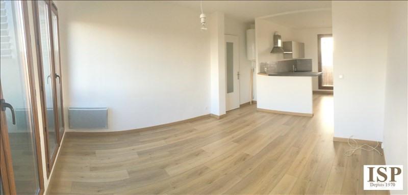 Rental apartment Les milles 861€ CC - Picture 1