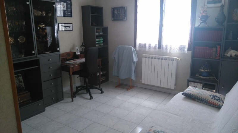 Sale house / villa La crau 398000€ - Picture 6