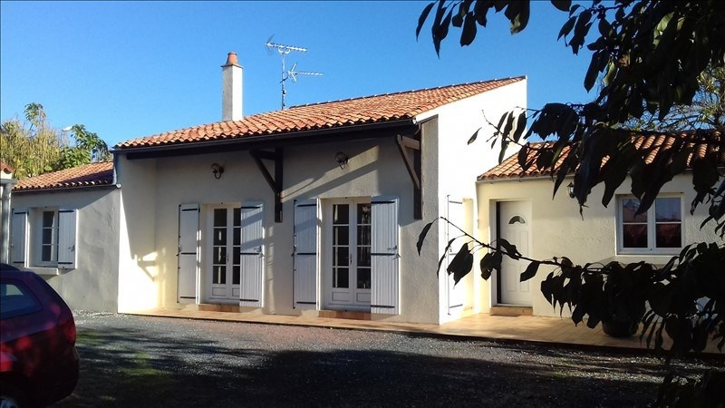 Sale house / villa Rochefort 234 900€ - Picture 1