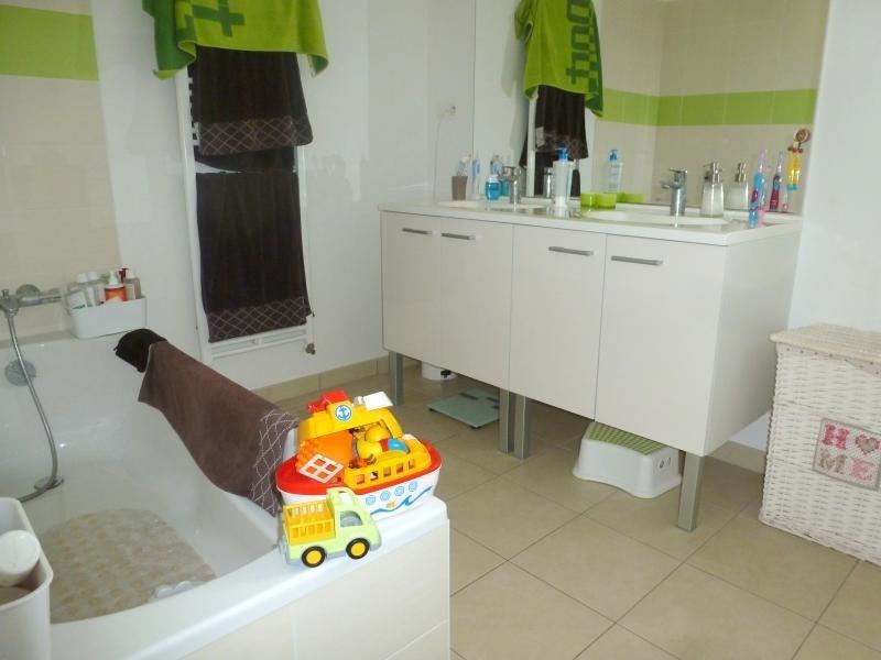 Rental house / villa Chavagne 950€ CC - Picture 10