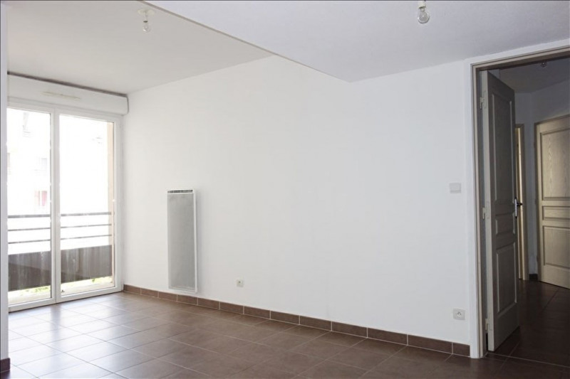 Location appartement Seyne sur mer 716€ CC - Photo 2