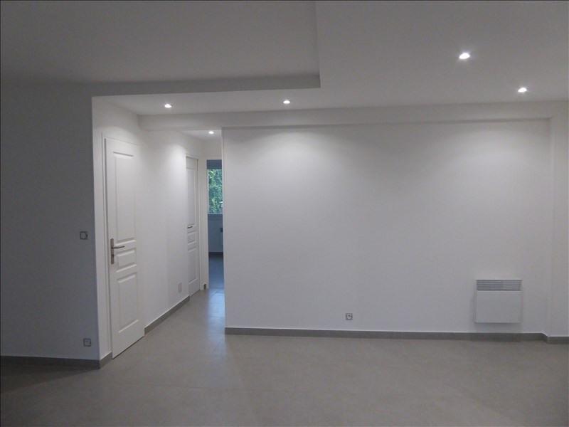 Rental apartment Marseille 5ème 590€ CC - Picture 2