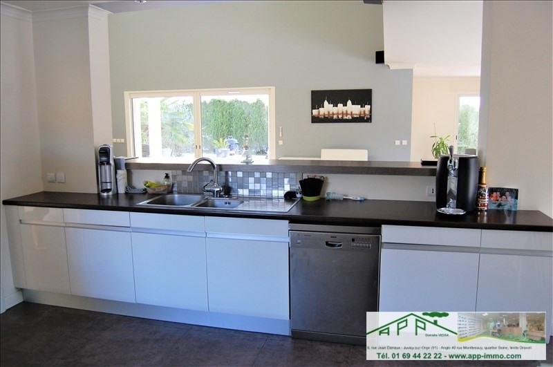 Sale house / villa Fontenay le vicomte 525000€ - Picture 9
