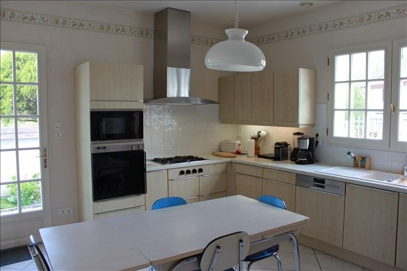 Sale house / villa St jean de bournay 490000€ - Picture 4