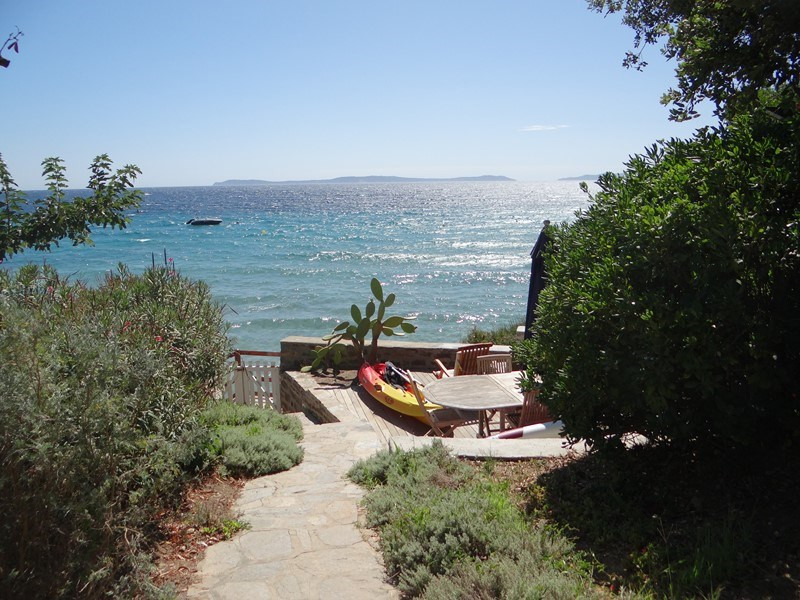 Vacation rental house / villa Le rayol 8 000€ - Picture 22