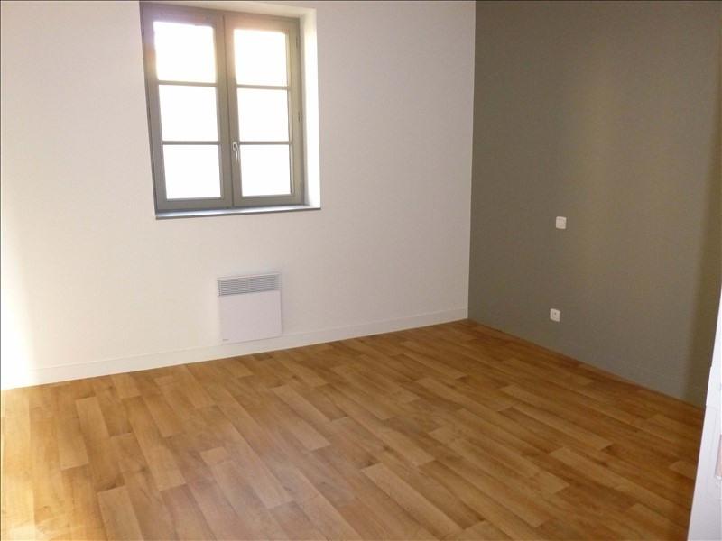 Location maison / villa Poitiers 779€ CC - Photo 3