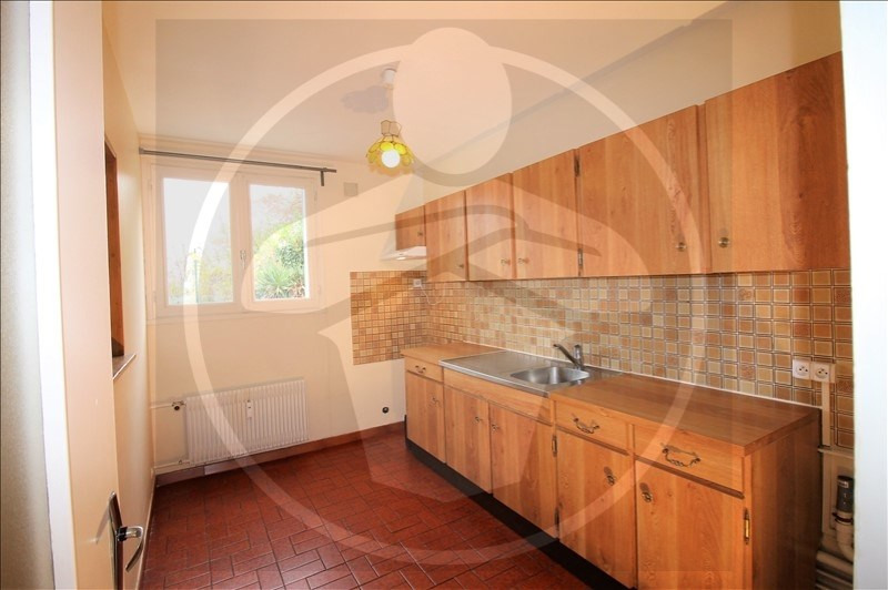 Rental apartment Pont de cheruy 640€ CC - Picture 2