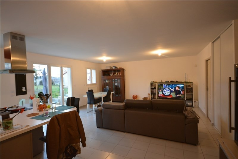 Sale house / villa St jean de bournay 178 500€ - Picture 2