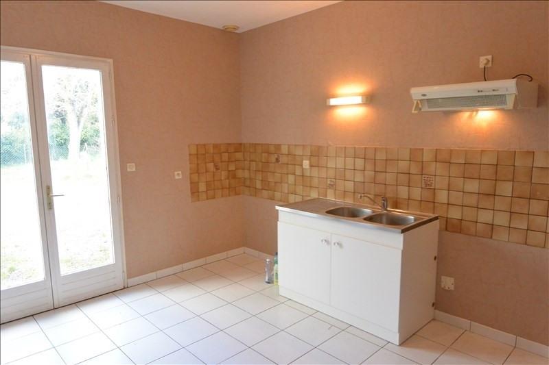 Rental house / villa Saint denis de pile 687€ CC - Picture 4