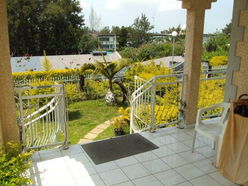 Rental house / villa Les trois mares 900€ +CH - Picture 7