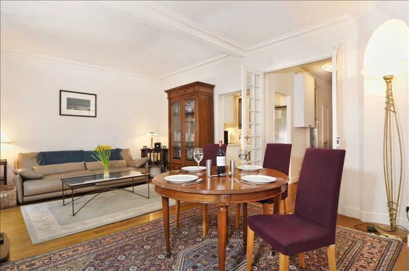 Location appartement Paris 8ème 2260€ CC - Photo 4