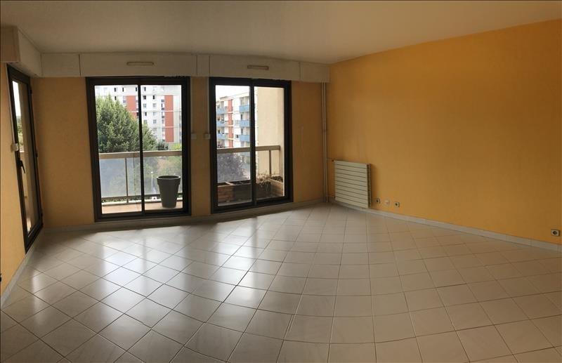 Rental apartment Le pecq 1495€ CC - Picture 1