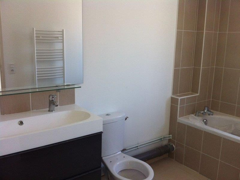 Rental house / villa Troyes 909€ CC - Picture 4