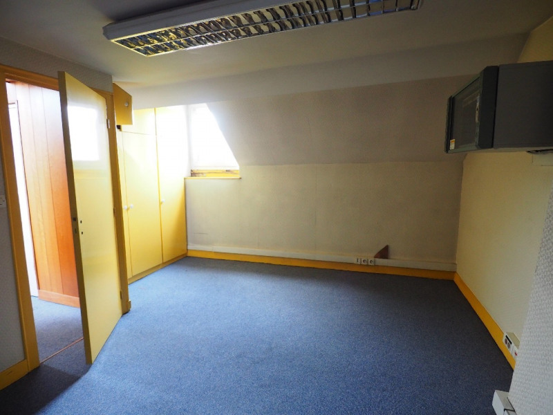 Rental office Melun 2500€ CC - Picture 9