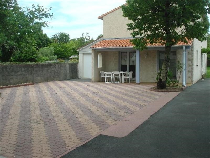 Vacation rental house / villa Vaux-sur-mer 850€ - Picture 1