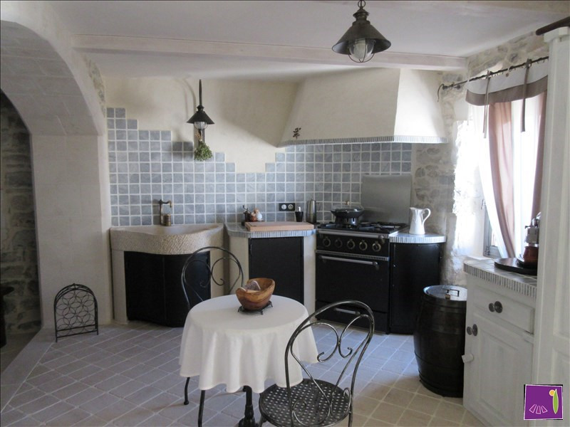 Vente maison / villa Uzes 304000€ - Photo 4