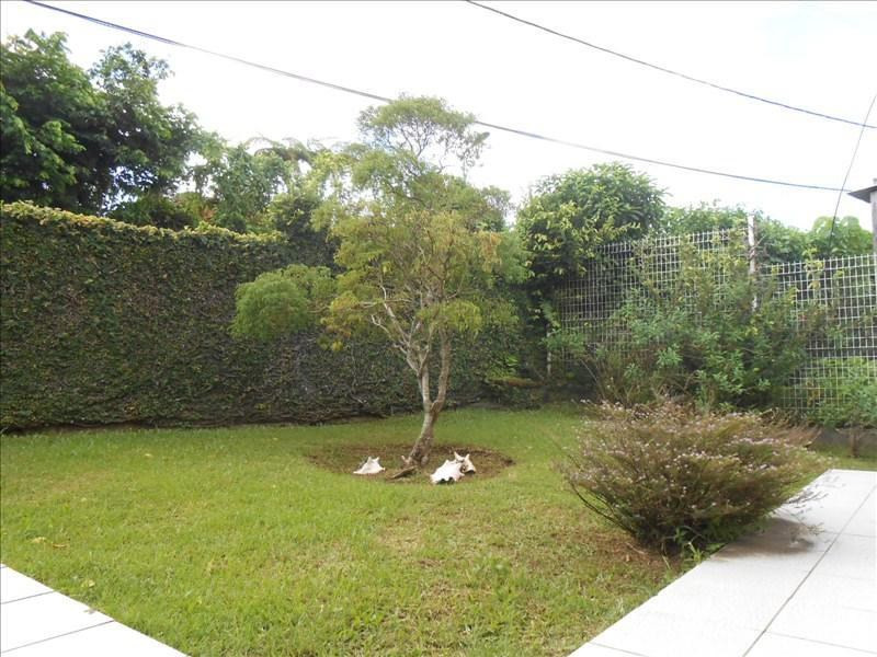 Sale house / villa St claude 270000€ - Picture 3