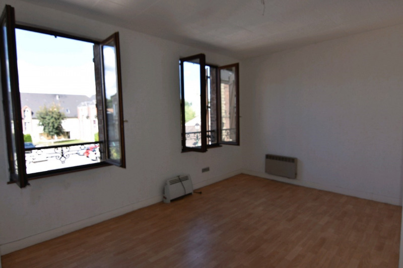 Investment property building Cires les mello 295000€ - Picture 3