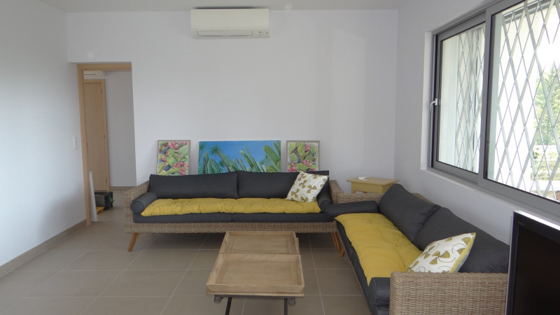 Vacation rental house / villa Cavalaire sur mer 2000€ - Picture 6