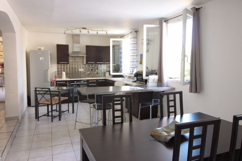 Vente maison / villa Marseille 250 000€ - Photo 1