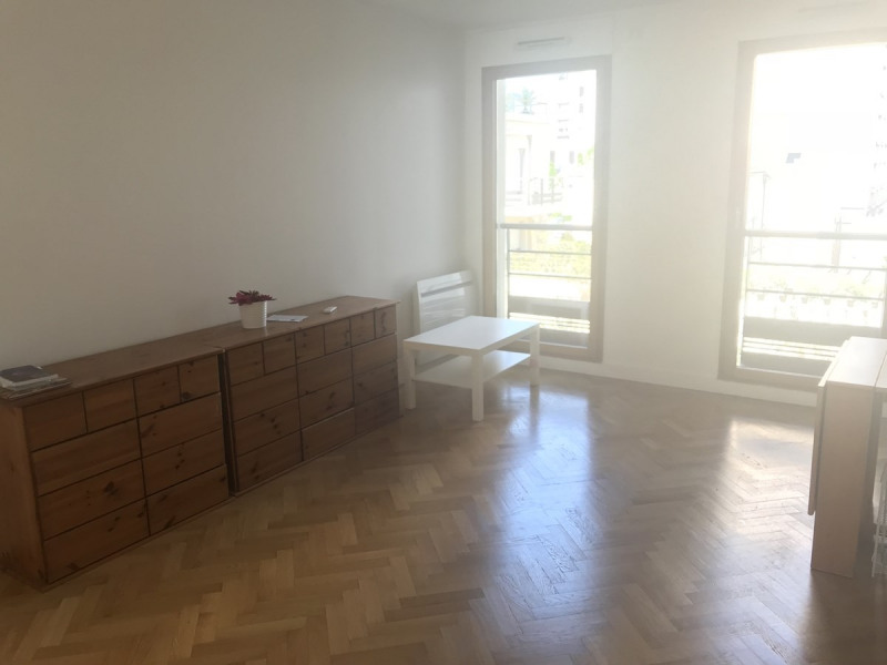 Location appartement Courbevoie 750€ CC - Photo 7