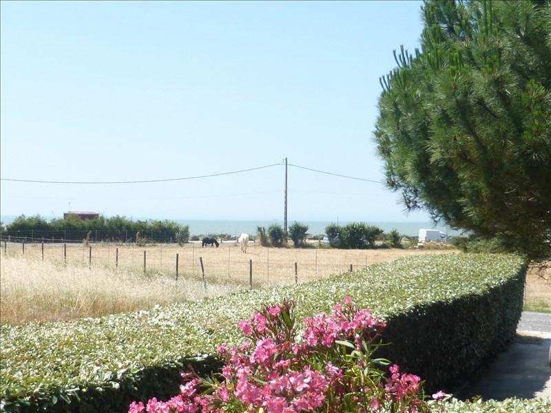 Deluxe sale house / villa Fouras 389000€ - Picture 1