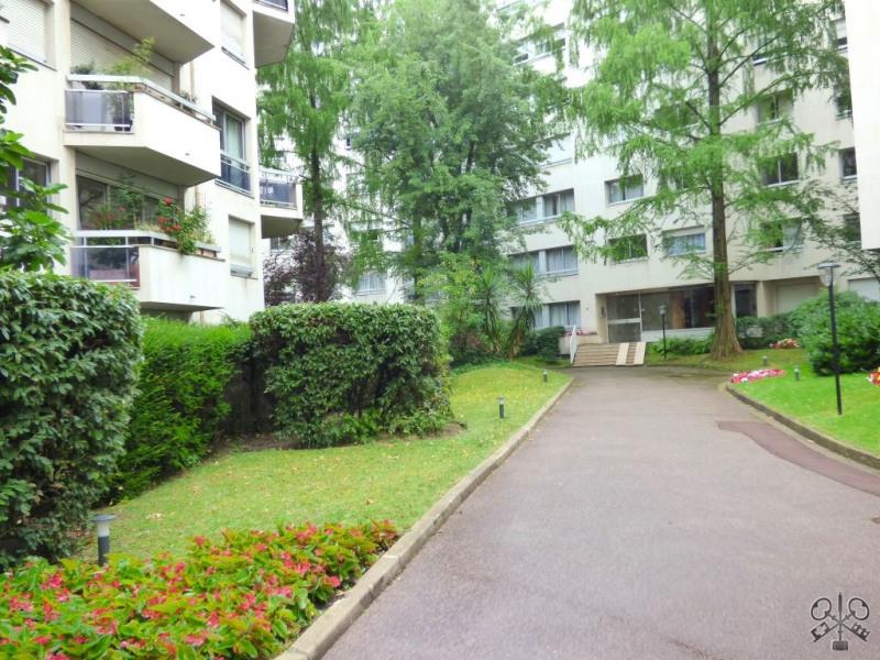 Sale apartment Neuilly sur seine 180000€ - Picture 2