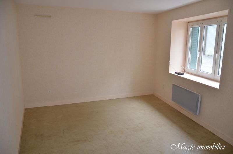 Location appartement Nantua 298€ CC - Photo 1
