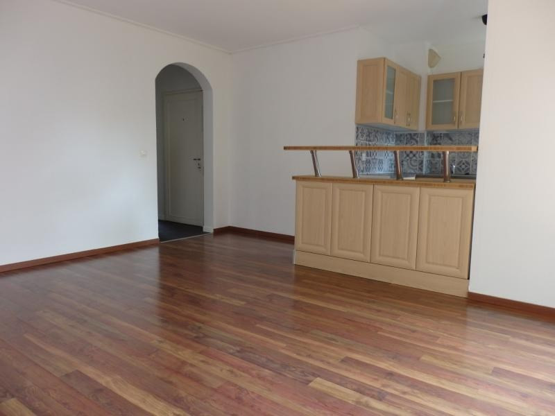 Rental apartment Bischheim 570€ CC - Picture 4