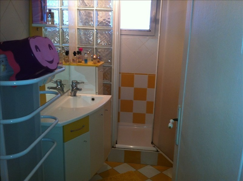 Sale apartment Oyonnax 88 000€ - Picture 2