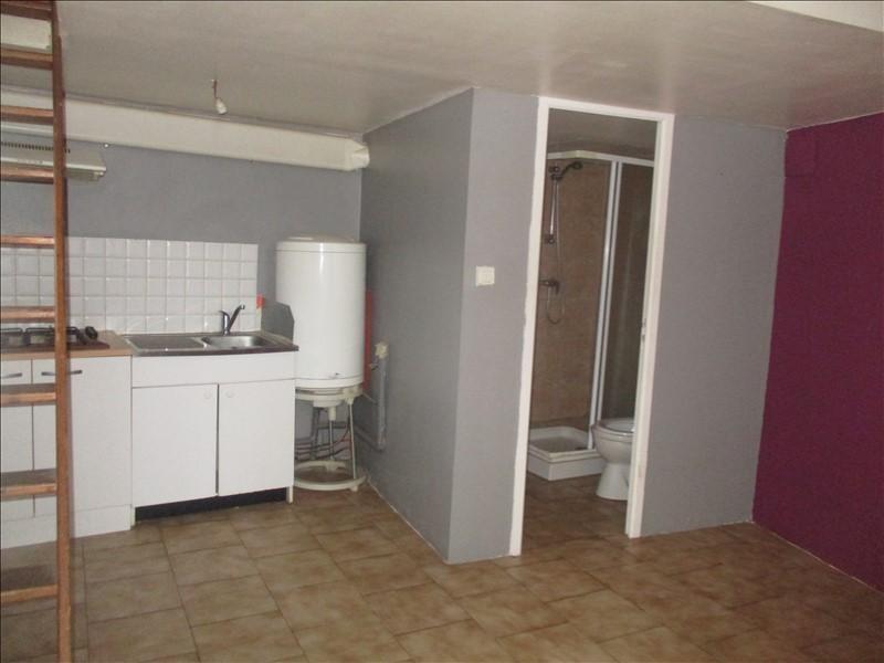 Verhuren  appartement Nimes 345€ CC - Foto 2