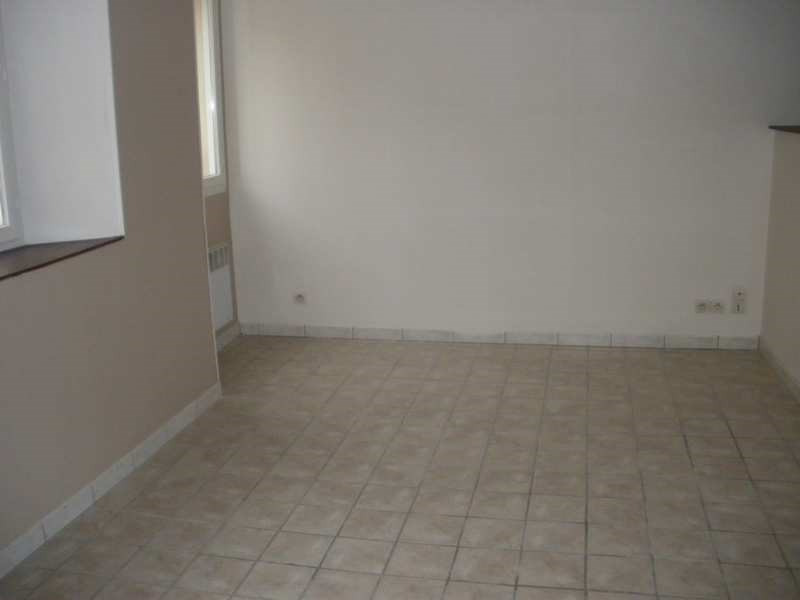 Rental apartment Coutances 256€ CC - Picture 2