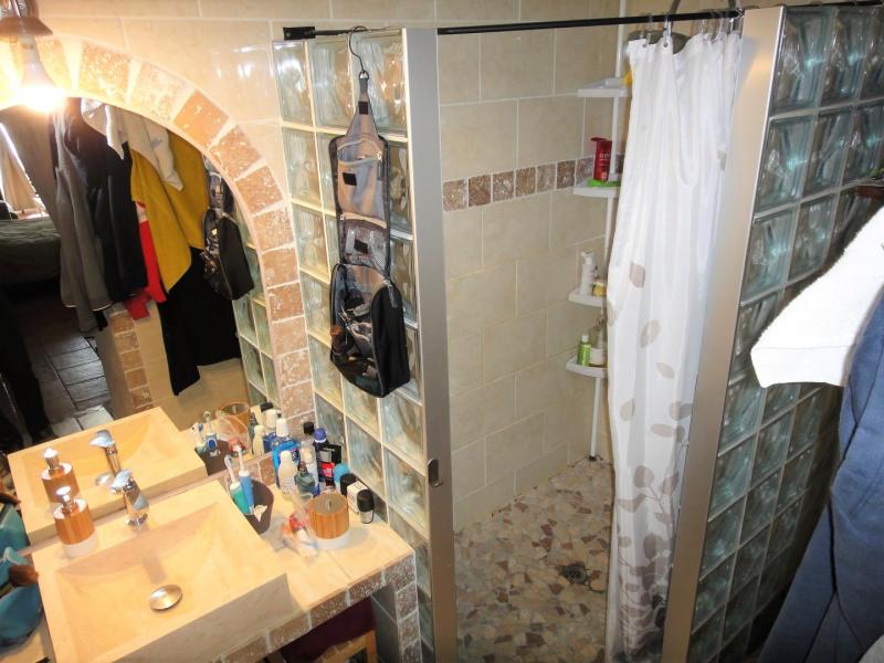 Vente maison / villa Auriol 299000€ - Photo 5