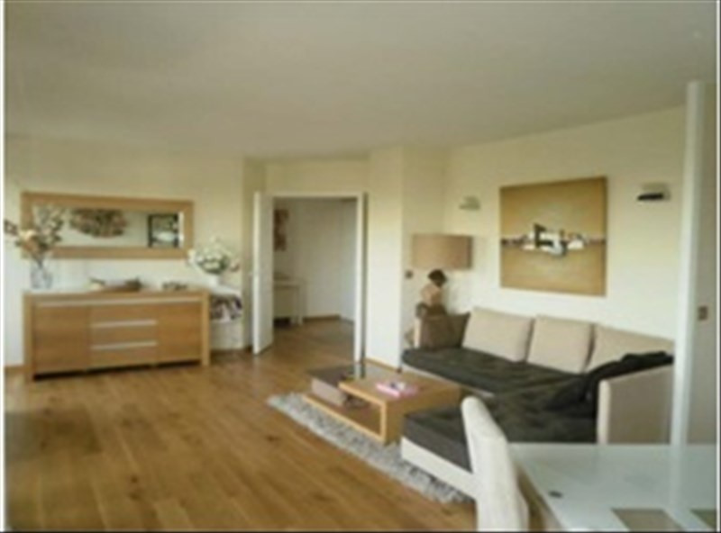 Vente de prestige appartement Courbevoie 1 052 000€ - Photo 2